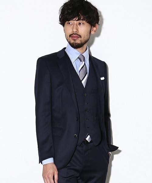 スーツが上下別、色違いはあり?なし?上下別×色違いのスーツ着用時のビジネスマナー 7番目の画像