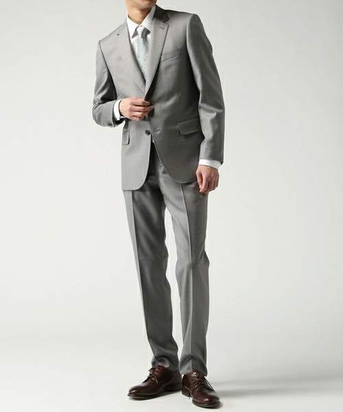 意外と知られていないVゾーンコーデの最適解。理想のスーツスタイルに辿りつくためのマメ知識 8番目の画像