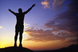 「20代は精神と体力の限界まで仕事をするべき!」- 20代で圧倒的に突き抜けるために、やるべき4つのこと