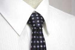 「たかがネクタイ、されどネクタイ!」- 本当にデキるビジネスマンが実践しているネクタイの結び方