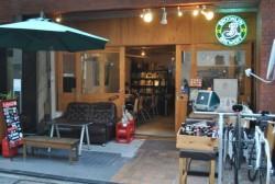 【Web界隈のオアシス】渋谷のカフェ「factory」がイケイケな人たちに愛されるワケ