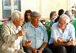 仲良くなるには雑談が1番!脱・コミュ障のための会話のネタの見つけ方