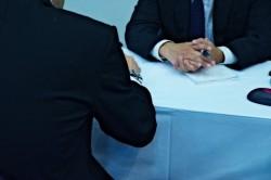 営業をスムーズに行うために気を付けたい初対面の挨拶を上手く行う方法