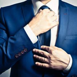 ネクタイの色に迷ったら、この色を身につけよう!