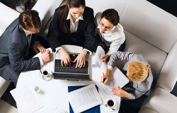 上司とのコミュニケーションを円滑に進めるために、自分を変える方法