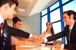 上司が管理できる部下の限界の人数から学ぶ、組織の作り方