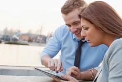 営業でタブレットを使用して得られる効果とは?