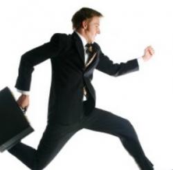 新人の営業マンでも先輩に負けない成果を出すための3つのコツ