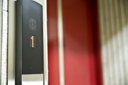 会社のエレベーターを乗る時、降りる時の順番のマナー
