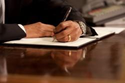 あまり関わりのない上司が異動する時に送る「寄せ書き」を書くときのポイント