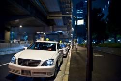 会社におけるタクシーや車で移動する際のマナー