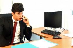 ビジネスで担当者が休みで不在だった時の電話応対のマナー
