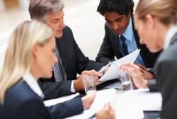 【マネージャー必見!】チームの生産性を最大限高める最適な人数とは?