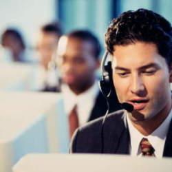 【ビジネスマナーの基本!】電話のかけ方として押さえておきたい3つのフレーズ