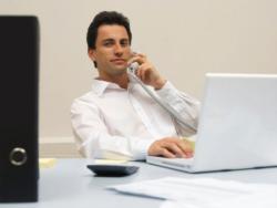 【ビジネスマナー】会社での電話のつなぎ方