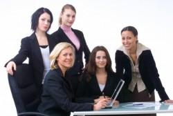 女性社員が気を付けたいビジネススーツに関するマナー