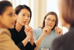 ビジネスシーンにおける相手を不快にさせない話し方のマナー
