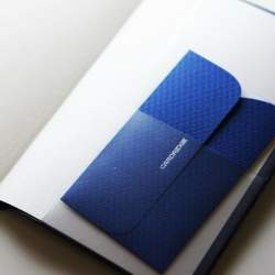 名刺を手帳や財布に入れて持ち歩く場合のマナー