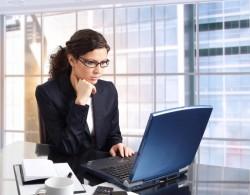 営業マンが相手と上手く関係を築いていくためのメールの送り方