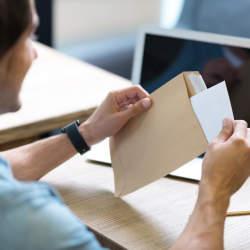 ビジネスレターの宛名の肩書きを付けるときに注意したいマナー