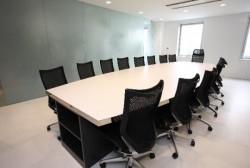 会社訪問で会議室や応接室の席に座るときのマナー