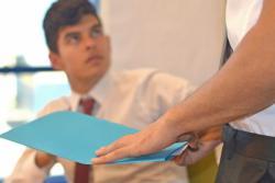 営業マンが第一印象を良くするために知っておきたいネクタイの柄の選び方
