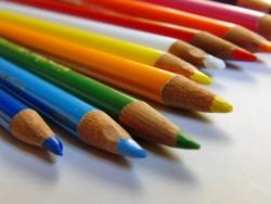 プレゼンでキレイに見せる色の組み合わせ方