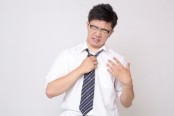 ビジネスシーンで、半袖のワイシャツを着る時のマナー