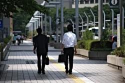 営業の仕事で顧客との適切な距離感を保つための方法
