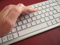 異動を知らせるメールに対して返信する際、心がけたいマナー