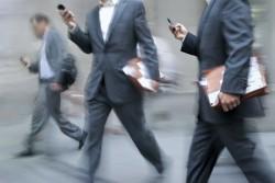 取引先へ上司と同行する時に、部下が気を付けるべき歩き方