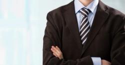 ビジネスシーンで気を付けるべき、ネクタイの長さに関するマナー