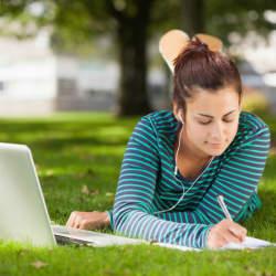 楽しく勉強して英語リスニング力UP!英語リスニング力を伸ばす勉強のコツ&おすすめ映画5選