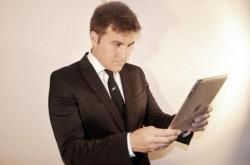 ビジネスマンが意思決定をするときに基準にしたいKPIという指標