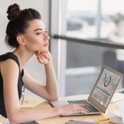 成功のカギは自己分析!就活・転職に役立つ自己分析のやり方4選