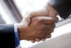 企業が多くの労力を費やしてまで新卒採用を重要視する目的