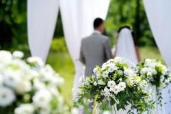 [結婚報告って何するの?]職場の人たちに結婚報告をする時に気をつけるべき3つのポイント