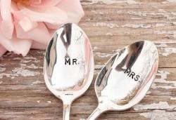 【結婚祝い】新婚夫婦に贈ると喜んでもらえる結婚祝いギフトトップ3