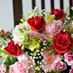 【退職祝い】退職する人におすすめの贈り物14選&プレゼント選びのコツ