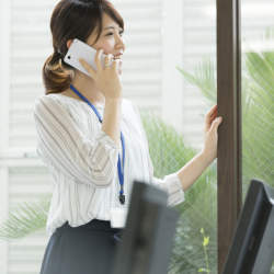 海外からの電話を折り返しするときに役立つ英語の使い方