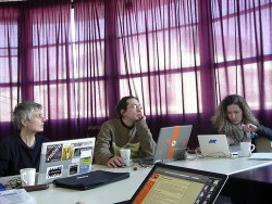 会議中の意見交換を活発にする方法 —— 「進行役」「参加者」「上司」が果たすべき役割
