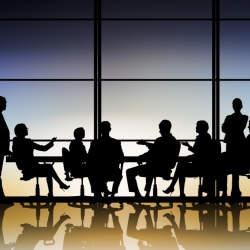 会議で話し合う「議題」の決め方【3つのポイントを押さえて会議を有益なものに】