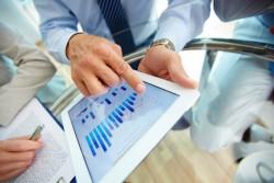 タブレットをビジネスで活用して成功した事例とそのメリット