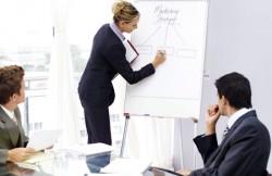 会議で作成した議事録を共有するまでの常識的な期限