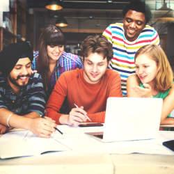 仕事仲間との「チームワーク」を向上させるために意識すべき3つのコト