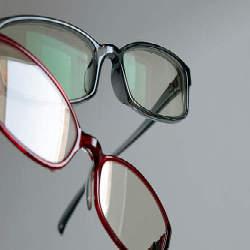 かけるメガネで差をつける!ビジネスマン必見のメガネ選びで重視する2つのポイント