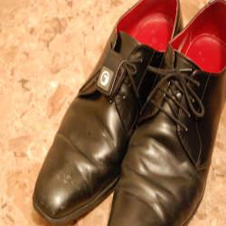 濡れた靴もきちんとケア!雨に濡れた靴を手入れする方法