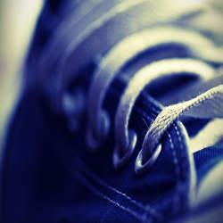 一つでは不安…性別で考える出張での靴の持ち運び方法