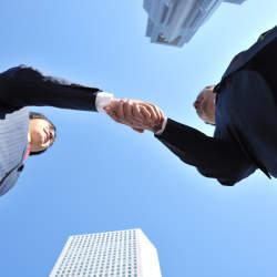 「職場の人間関係」は自分の行動で改善しよう! いますぐ試したい8つの行動