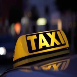 【タクシーに関するマナ—】不慣れな人もこれだけ読めば大丈夫!ビジネスマンに最低限必要な知識